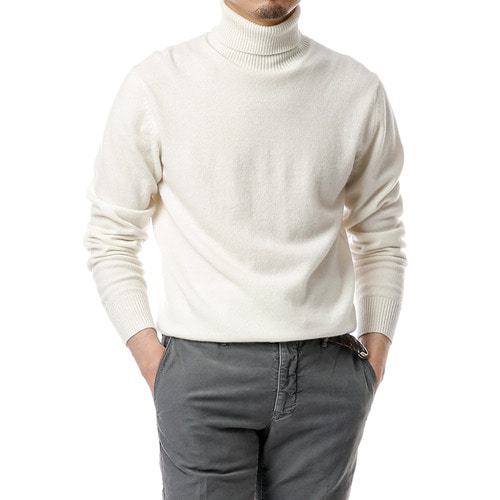 Cashmere Purity Ivory Turtleneck