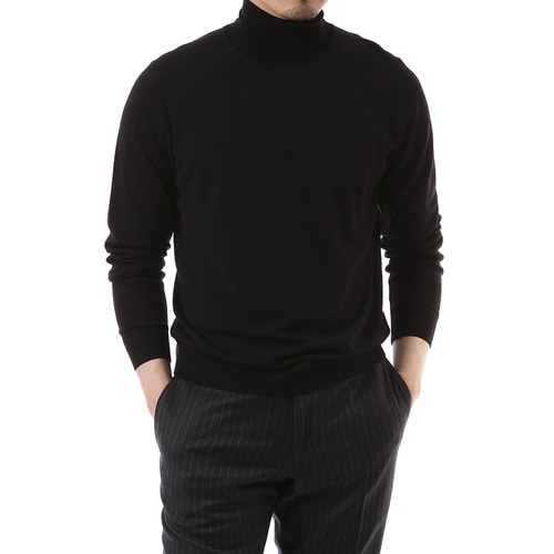 Black Cashmere One Turtleneck