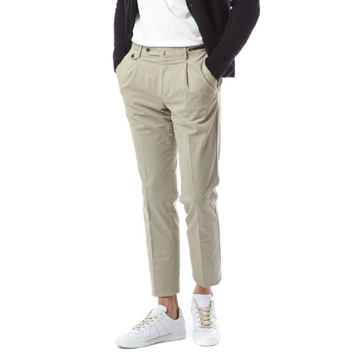 HEPCAT. Gentleman Fit. Flap Pocket Chino Pants (Beige)