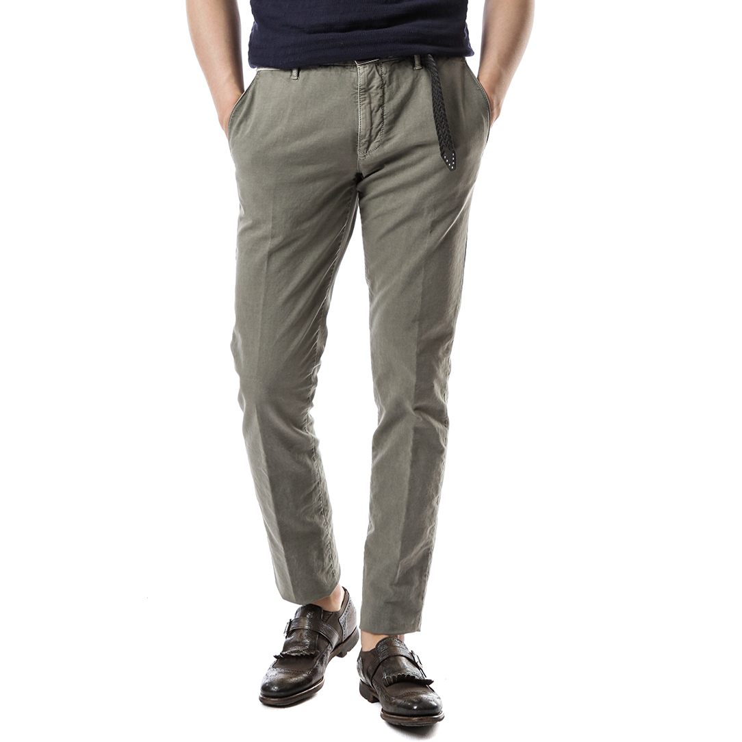 RED Skin Fit Slacks (Khaki)