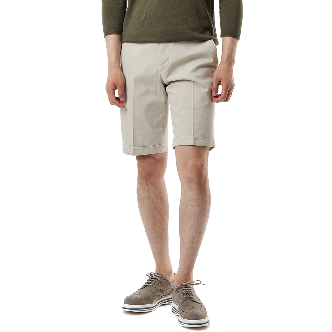 BERMUDA SHAKA Cotton Shorts (Beige)