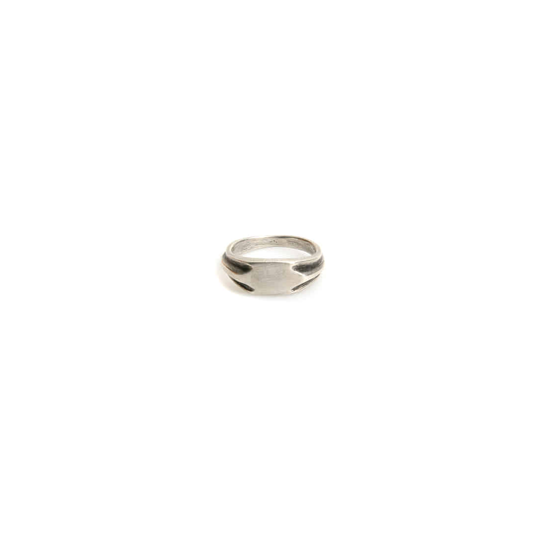 Cropped Round Silver Ring